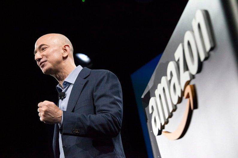 Pendiri Amazon Jeff Bezos Mengaku Diperas Media Lewat Foto Intim