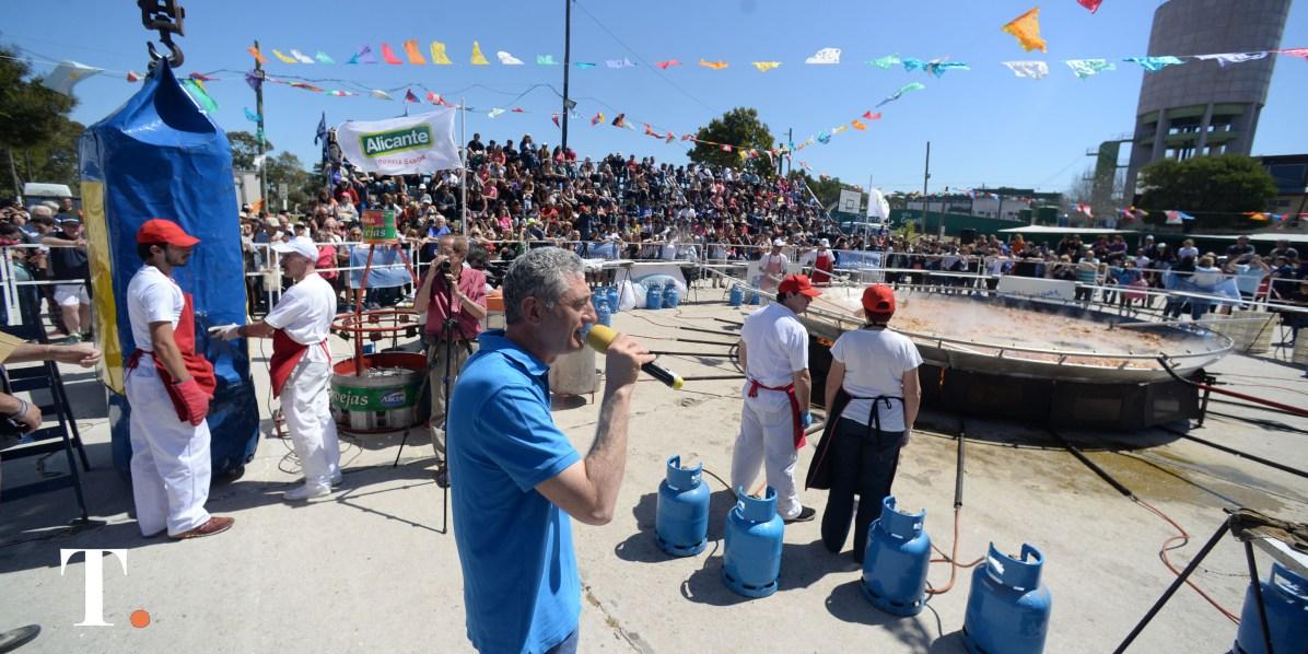 El intendente Gustavo Barrera fue parte de la celebración gastronómica (Fotos Ricardo Stinco).