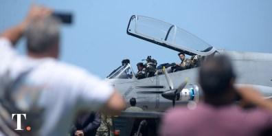 Una simulación de acciones aéreas de mantenimiento de la paz en la previa del G-20.