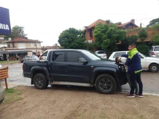 La camioneta 4x4 que utilizaron los ladrones para sus robos en el partido de Pinamar.