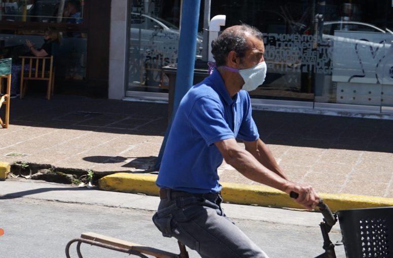 bicicleta, barbijo covid