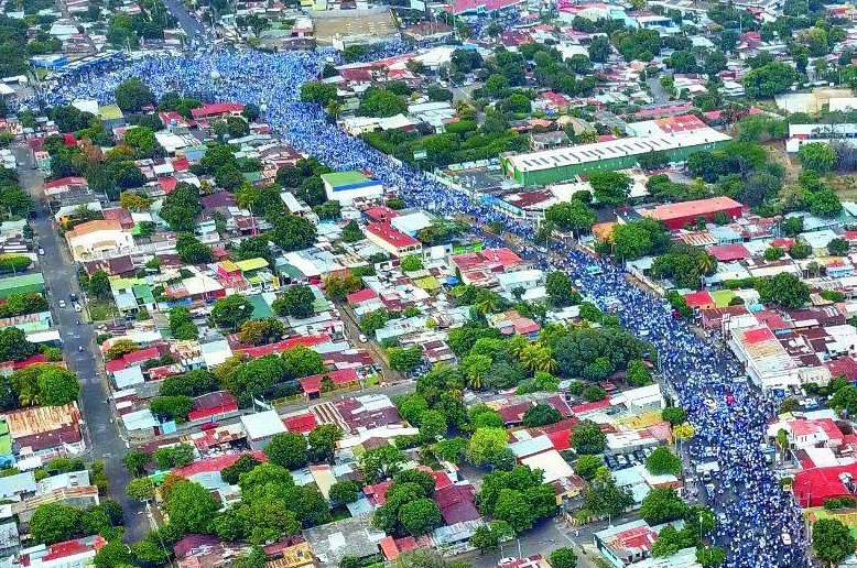 Miles claman justicia y paz en Nicaragua.