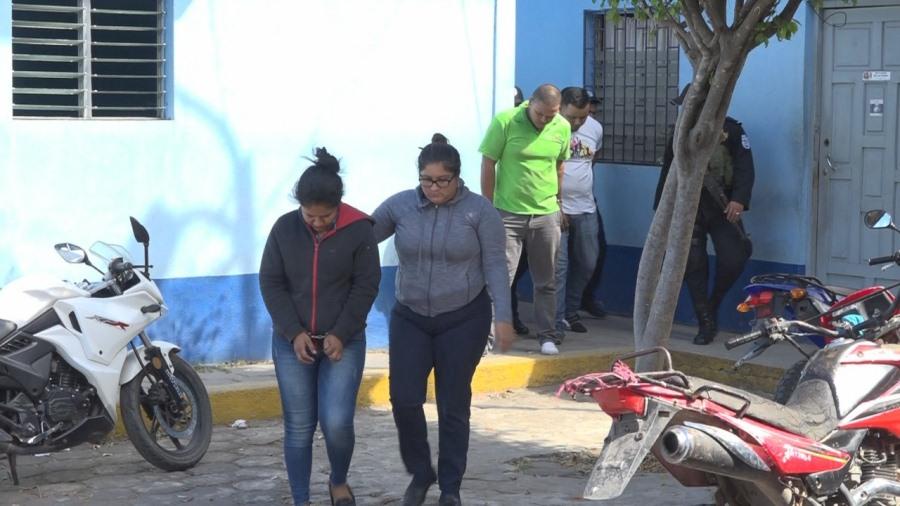 Cuatro personas fueron detenidas en Estelí por robar productos de un supermercado
