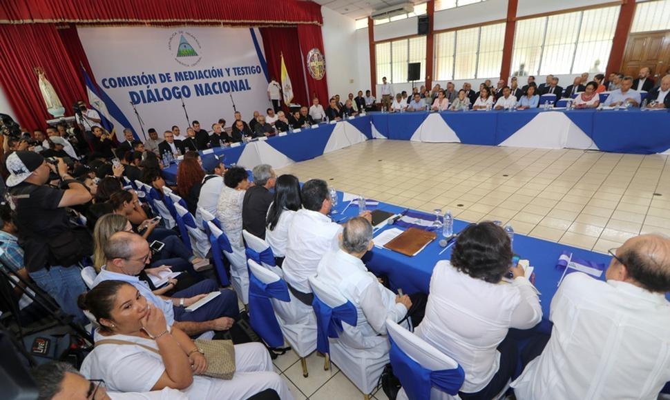 Diálogo Nacional inicia el 27 de febrero, según Roberto Zamora.