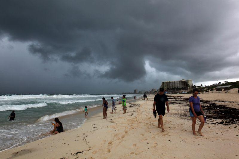 Avisan de posible formación de Andrea, primera tormenta de 2019 en Atlántico