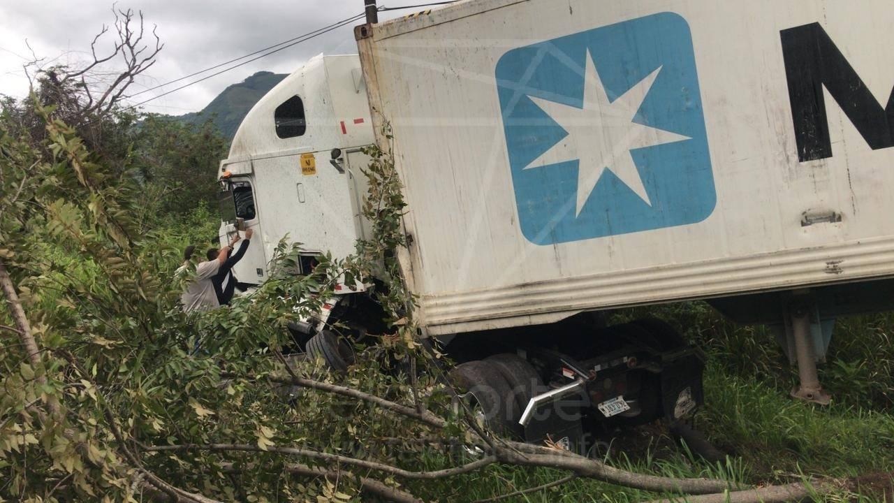 Accidente de tránsito deja un lesionado en La Cucamonga.