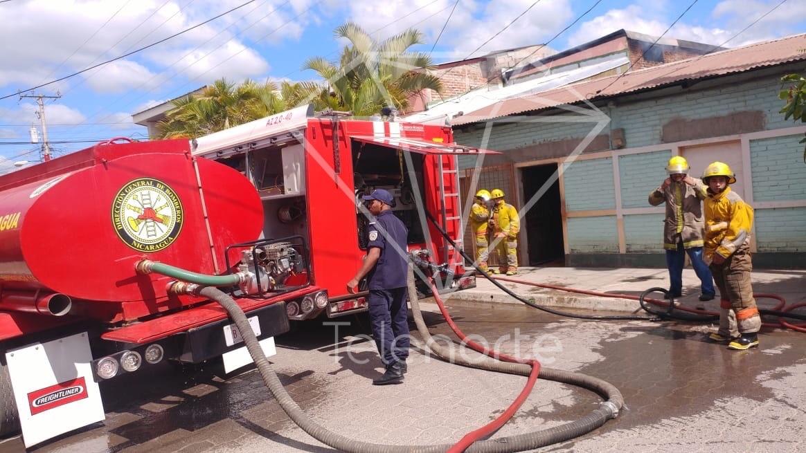 Incendio redujo a cenizas enseres de vivienda en Estelí