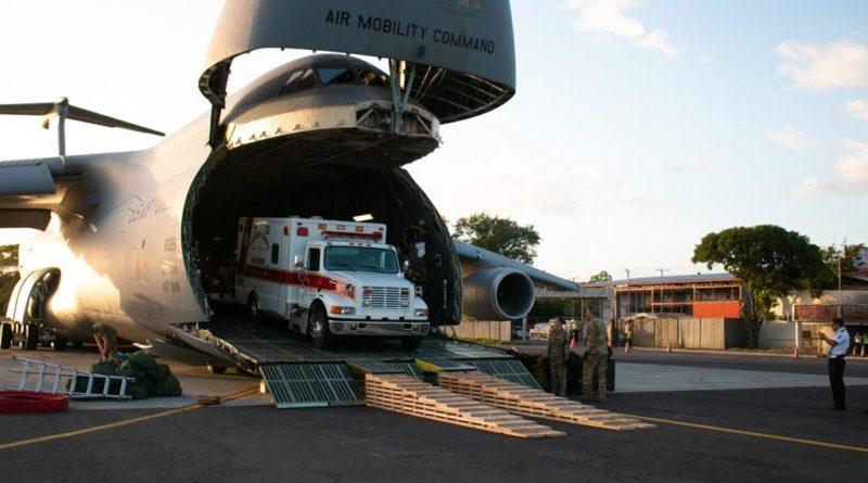 Benemérito Cuerpo de Bomberos de Estelí recibe ambulancia.