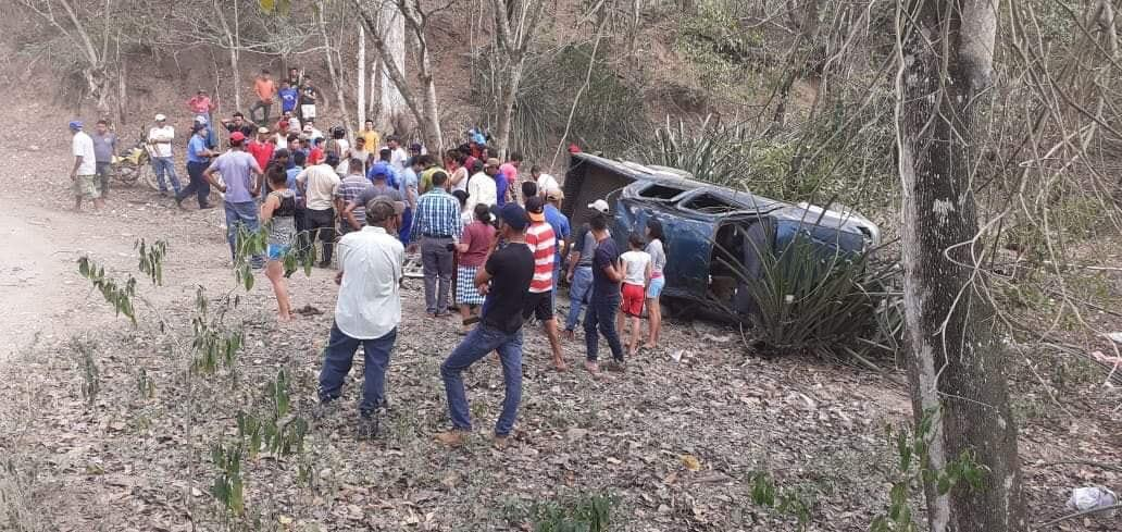 Un muerto y siete lesionados en accidente de tránsito en Nueva Segovia.