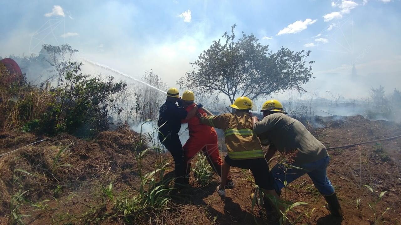 Incendio registrado en el barrio Villa Esperanza, en Estelí