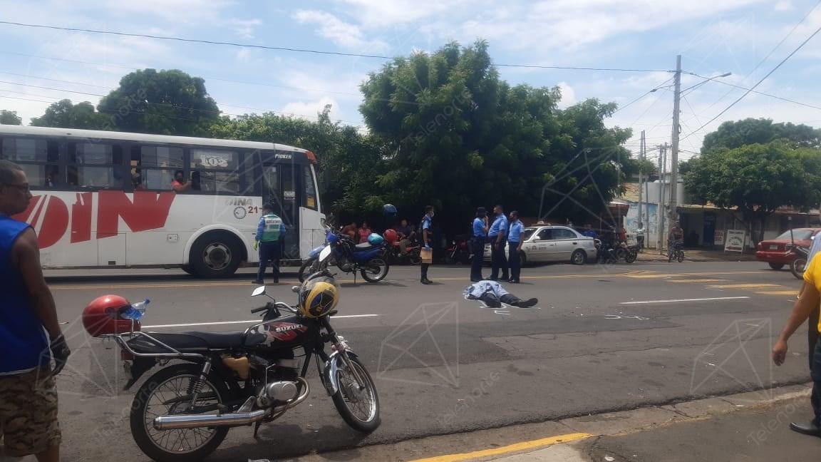 Muere comisionado en retiro en un accidente de tránsito