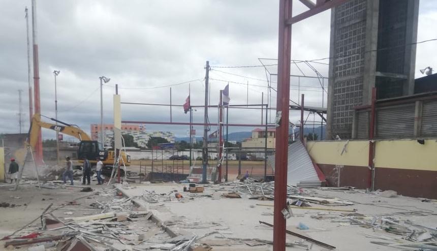 Demandan un nuevo lugar para practicar sóftbol en Estelí.