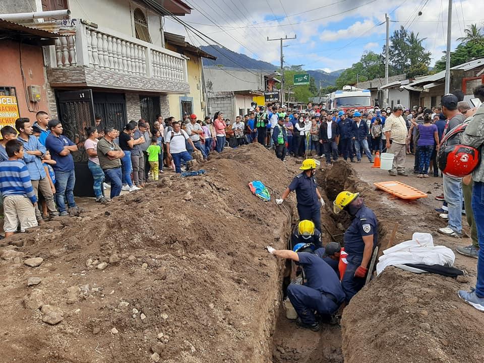 Joven muere soterrado al caer en una zanja en Jinotega
