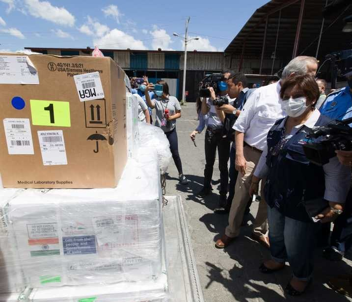 Arribó a Nicaragua un cargamento de 200.000 vacunas Covisfield de la India.