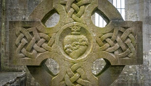 Quinn Abbey detail