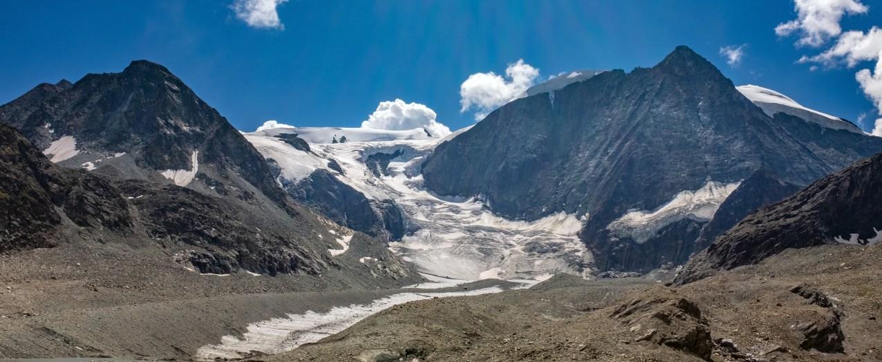 Glacier at Col de Riedmatten