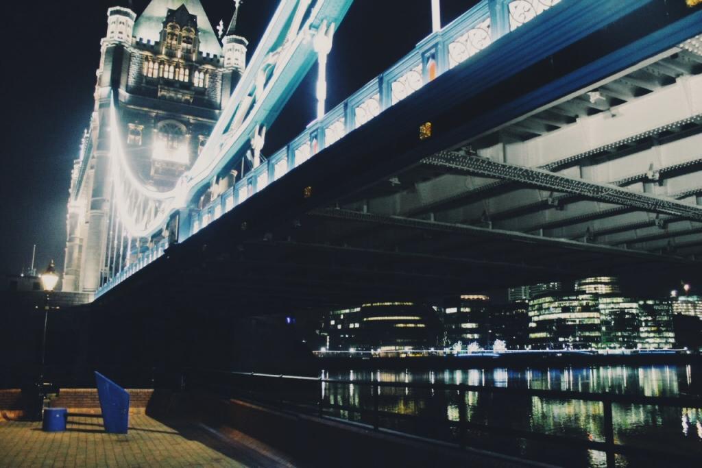 Layover in Tower Bridge, London, England