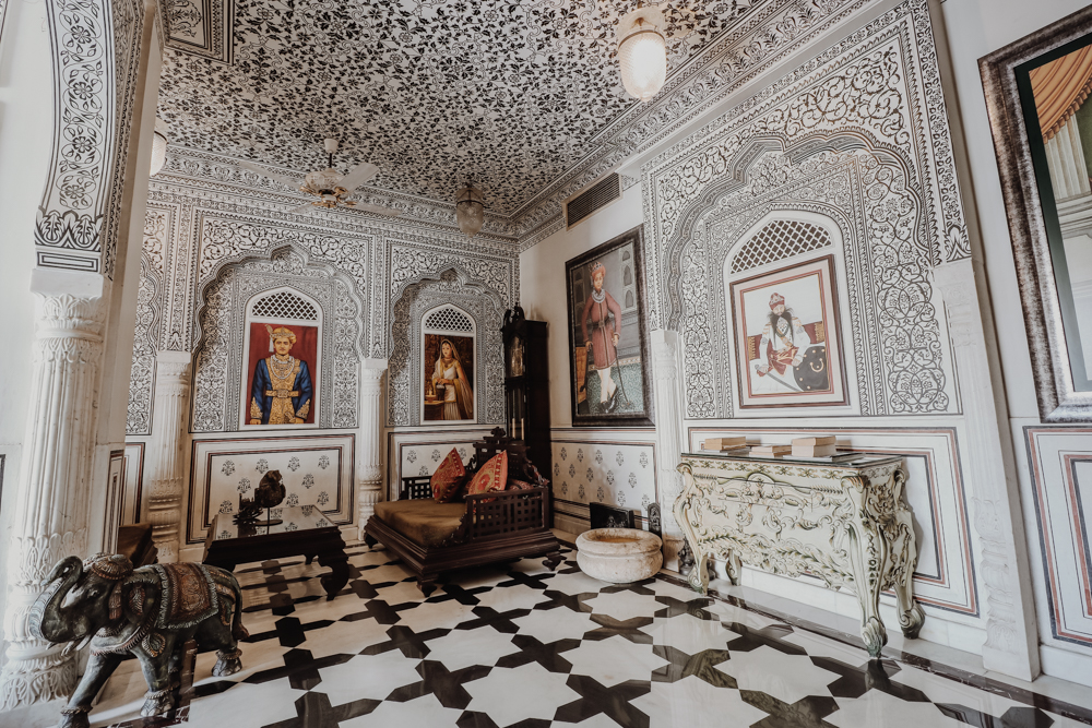 Looking for the top hotels to see Jaipur attractions? Try Pearl Palace Heritage hotel
