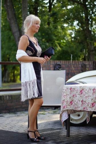 Letnia stylizacja w sukience Monsoon