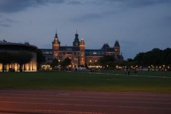 Kompleks muzealny nocą