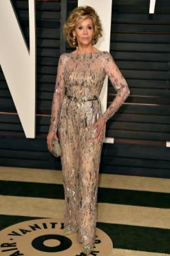 Jane Fonda, 77. Lite mindre genomskinlig och sydd som klänning istället för jumpsuit hade varit mer klädsam, tycker jag