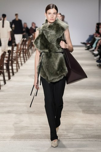 jil-sander-fall-winter-show-milan-fashion-week-collection-09