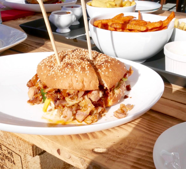 grilloraunt-tellerabgeleckt-foodblog-haehnchenburger
