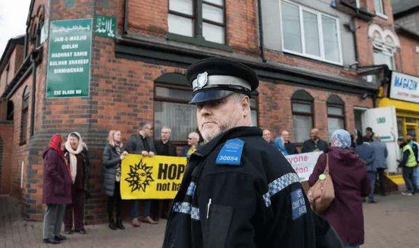 Anti-Muslim hate crimes soar in UK after Christchurch shootings