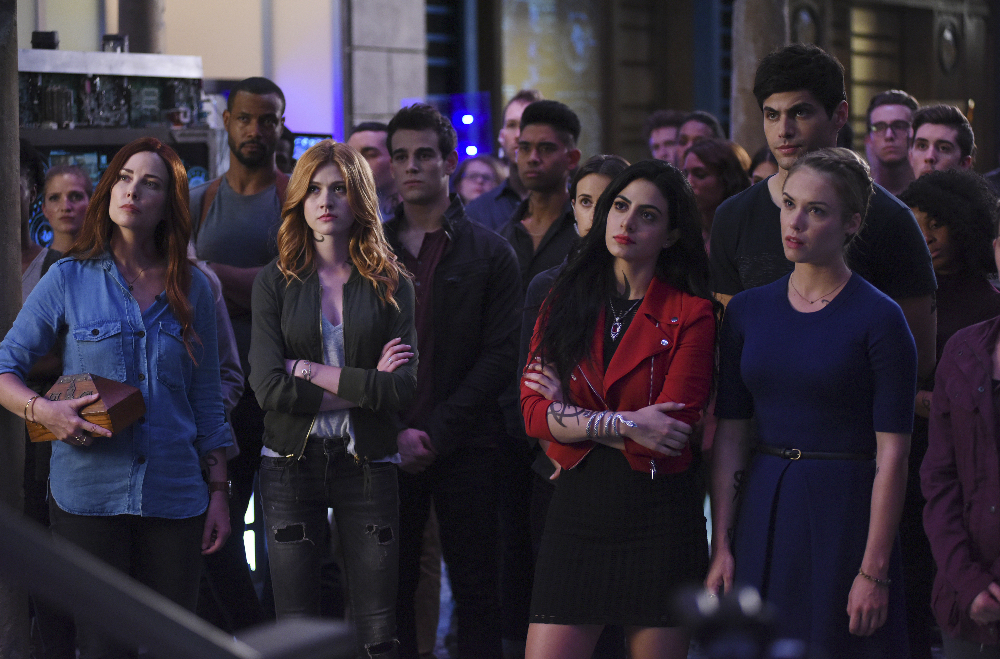 "Shadowhunters: Top Moments from ""This Guilty Blood"" (Season 2 Episode 1)"