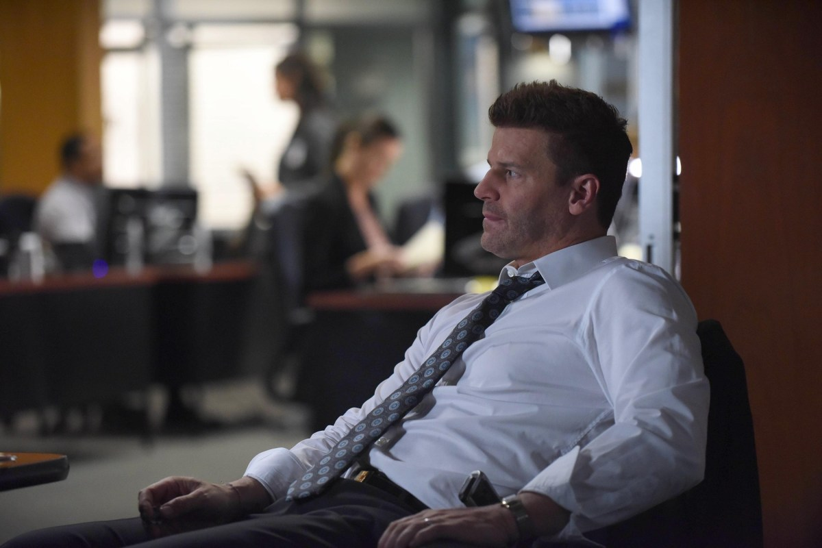 Bones Review: The Scare in the Score (Season 12 Episode 7)