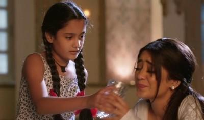 YRKKH Spoiler: Chori risk life to save Kaira's one last sign Kartik Naira overwhelmed
