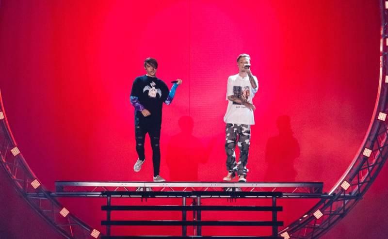 Bars and Melody.