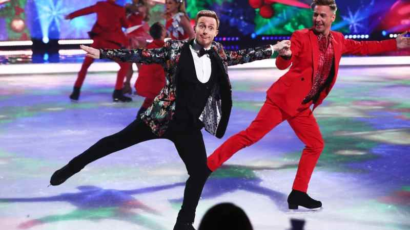 dancing on ice christmas - 16