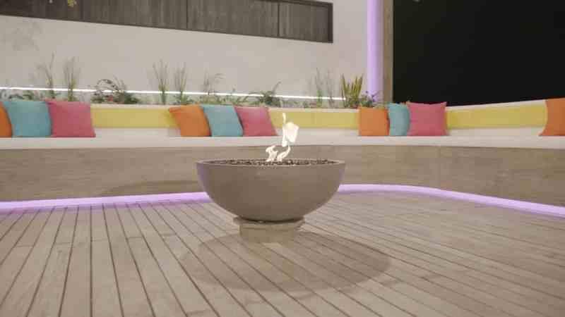 Casa Amor: Fire pit.