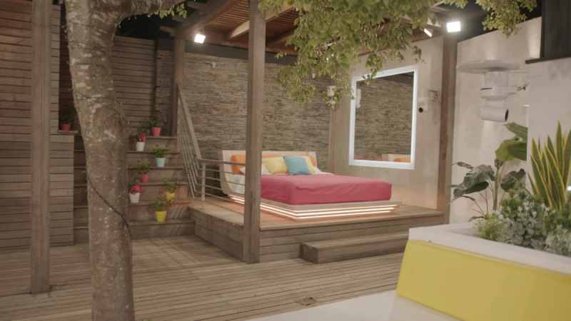 Casa Amor: Day bed.