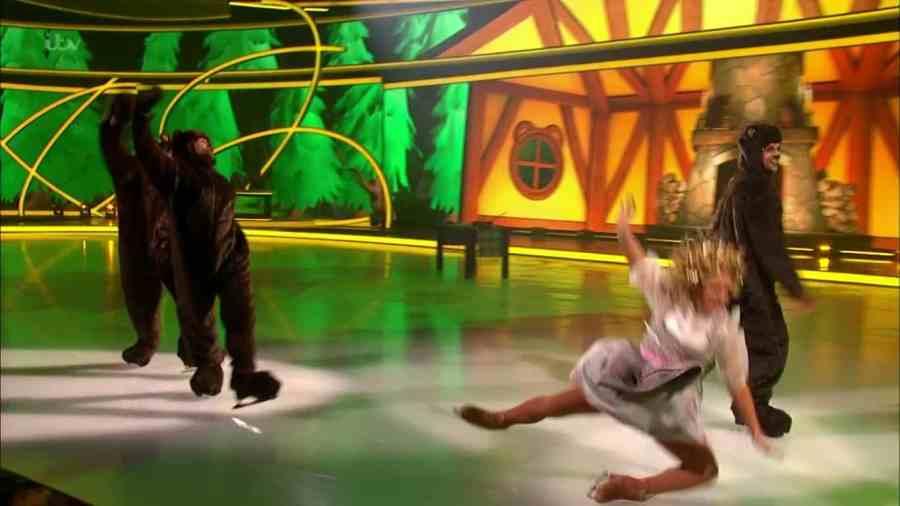 lisa dancing on ice4