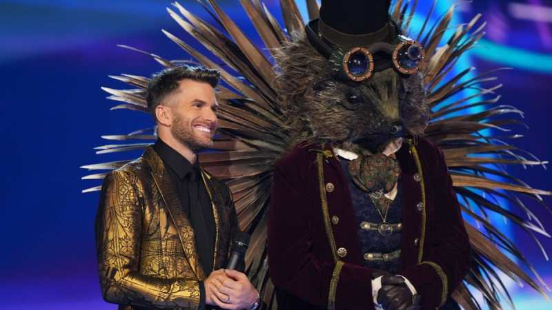 Joel Dommett and Hedgehog.