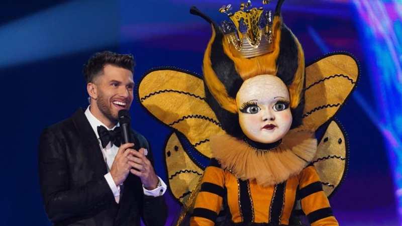 Joel Dommett and Queen Bee.