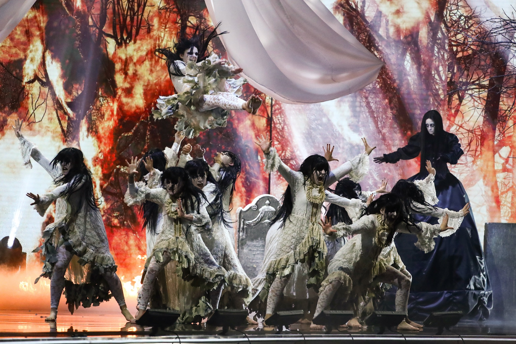 Watch The Coven S Haunting Britain S Got Talent Performance Britain S Got Talent 2020 Tellymix