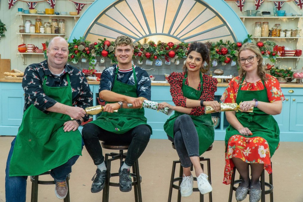 Christmas Bake Off 2021 Great British Bake Off Christmas 2020 Air Date And Line Up Revealed Reality Tv Tellymix