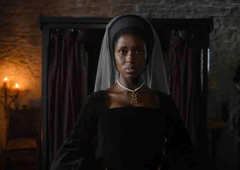 Anne Boleyn (Jodie Turner-Smith)