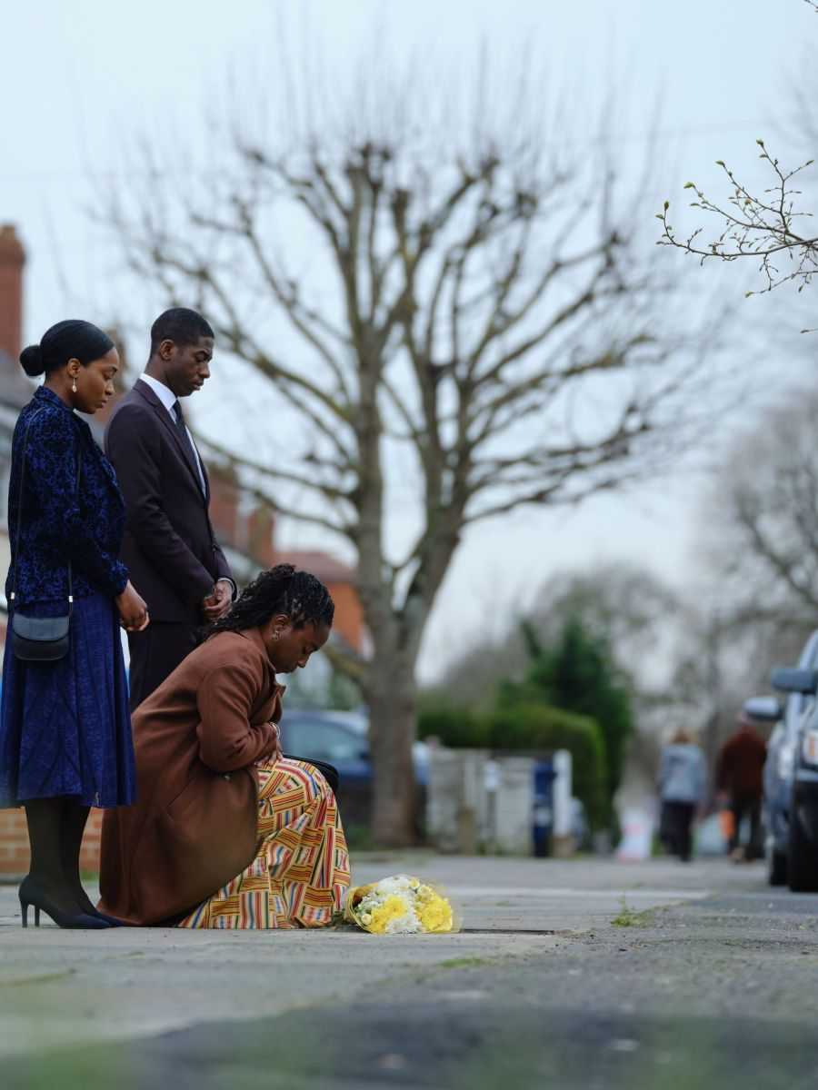 SHARLENE WHYTE as Doreen Lawrence,JORDEN MYRIE as Stuart Lawrence and YASMIN MWANZA as Georgina Lawrence. Picture: ITV