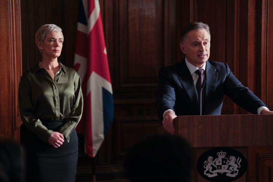 Robert Carlyle and Victoria Hamilton in Sky Original drama COBRA CYBERWAR