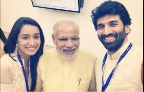 Celebs go on selfie spree with Modi
