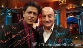 SRK's selfie moment with Anupam Kher