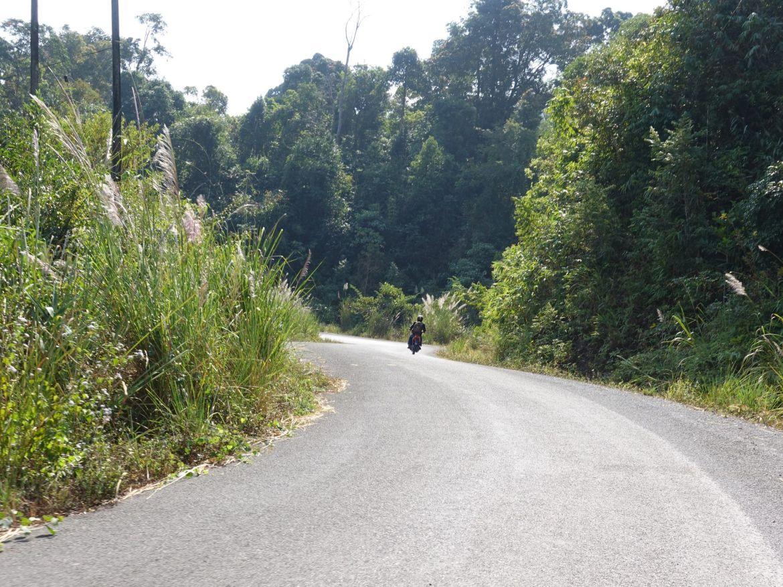 circuito en moto en Thakhek