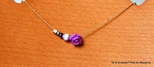 p.v.p. 10,50 euros. La rosa puede variar el modelo, según existencias.