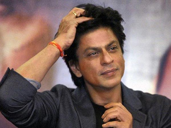 31 1496235778 sharukh khan sad 616 షారుక్ విమాన ప్రమాదంలో దుర్మరణం అంటూ.. సోషల్ మీడియాలో వైరల్..   Going Viral! Shocking Death Hoax Of Shahrukh Khan Killed In A Plane Crash In Paris