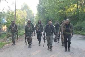 kashmir:two army soldiers have lost their lives in encounter in shopian