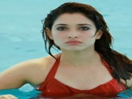 tamannah as vilan in syeraa movie
